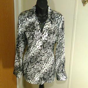 Jones New York signature button down blouse